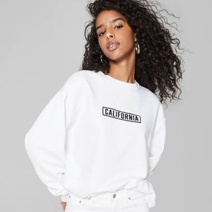 WILD FABLE CALIFORNIA GRAPHIC SWEATSHIRT